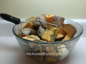 cooked Sweet Potatoes in a glass bowl